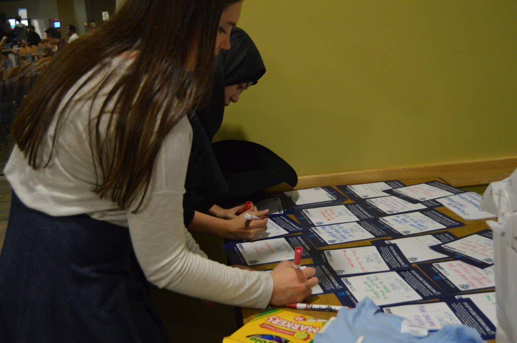 Event Recap: #MeanStinks Pledge and Manicure Party