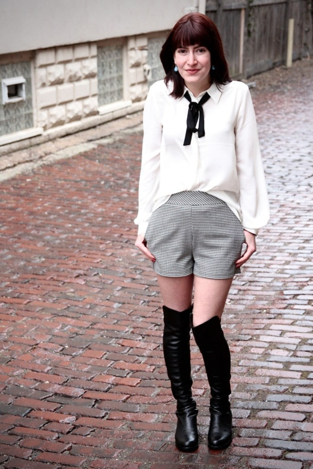 express high waisted shorts and pussy bow blouse