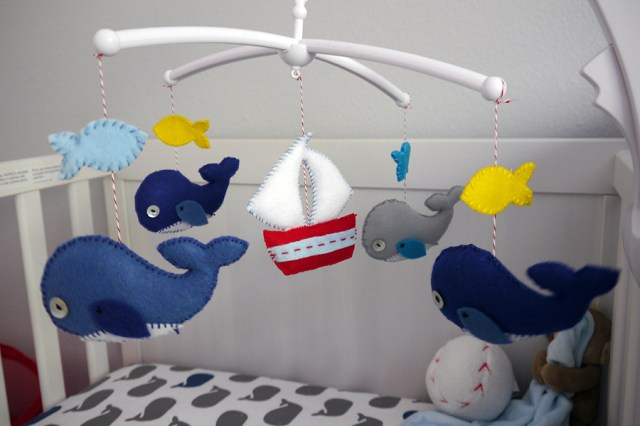 baby-mobile-whales-sail-boats_05