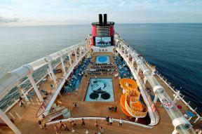 disney-cruise-line-fantasy