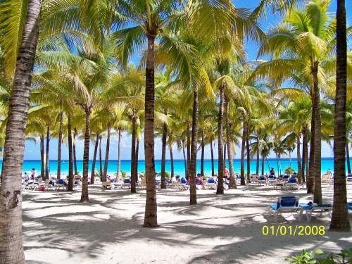 Riu Palace Riviera Maya beach view