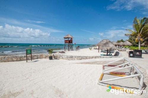 El Dorado Royale beach