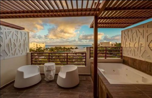 Secrets Silversand Riviera Cancun rooftop jacuzzi suite