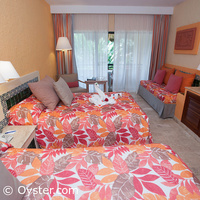 Standard room, courtesy Oyster.com