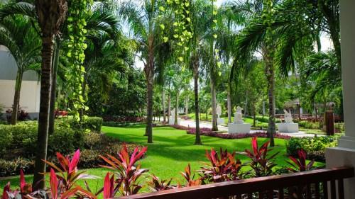 Grounds, courtesy Princess-Hotels