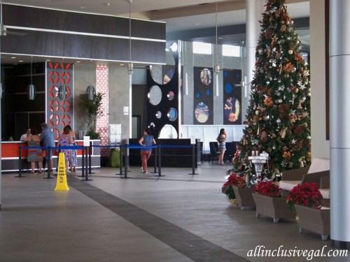 Riu Playacar lobby