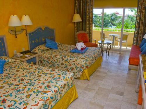 Iberostar Paraiso Del Mar guest room