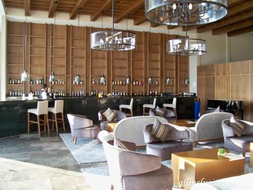 Dreams Playa Mujeres lobby bar