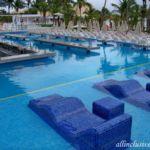 Riu Playacar swim-up bar pool
