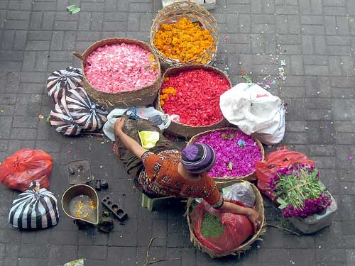 Lady selling flowers at the Market @ Ubud, Bali