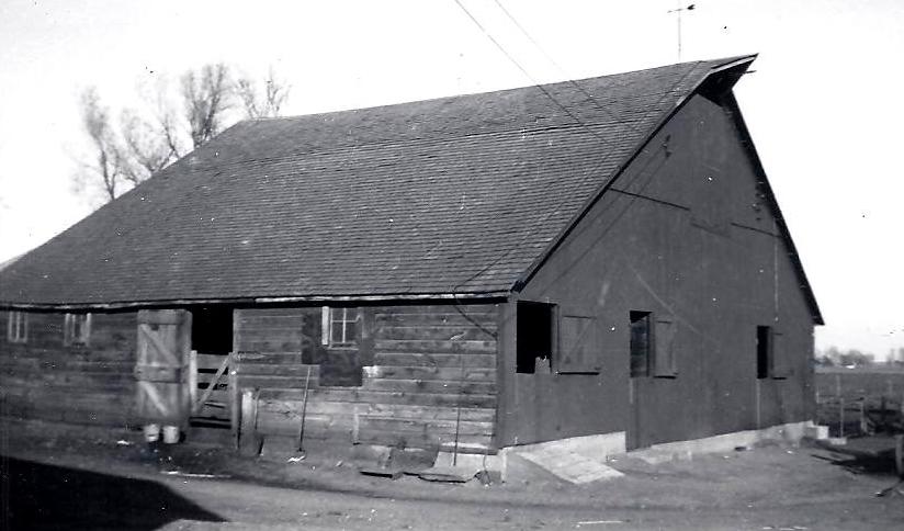Old Barns (1/6)