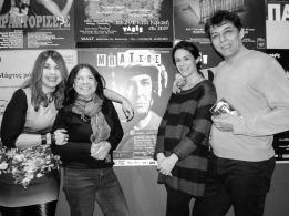 Από αριστερά: Λίλα Παπαπάσχου, Κατερίνα Πολυχρονοπούλου, Άρτεμις Ορφανίδου & ο Μπάμπης Χατζηδάκης...