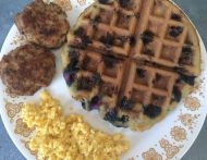 Blueberry GF/DF waffle w/eggs & turkey sage sausage