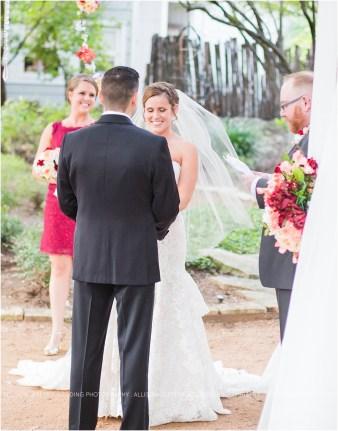 cranberry-fall-wedding-at-hoffman-haus-in-fredericksburg-texas-wedding-photos_0015
