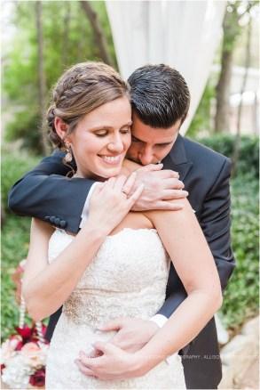 cranberry-fall-wedding-at-hoffman-haus-in-fredericksburg-texas-wedding-photos_0026