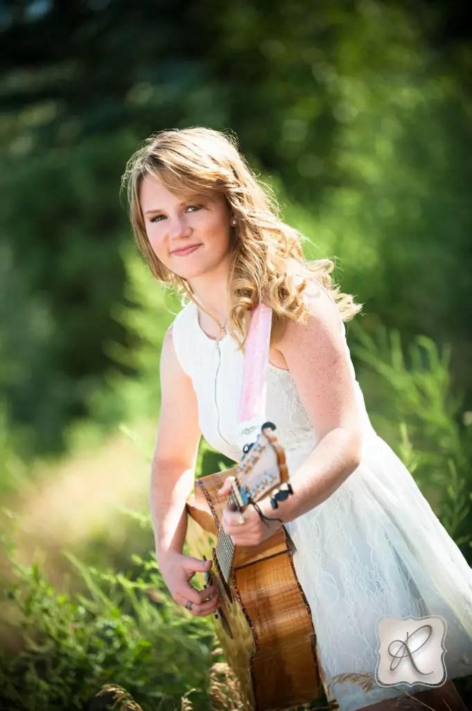 Alyssa Props For Senior Pictures Durango Colorado