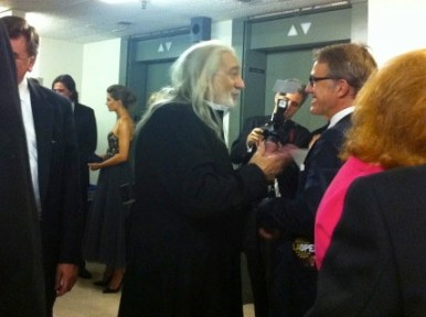 """Placido Domingo greeting actor Christoph Waltz backstage after the show, with Stana Katic in the background: Opening night of """"I Due Foscari"""" at LA Opera (photo by @jozjozjoz)"""