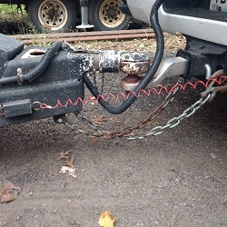 Trailer chains safety check