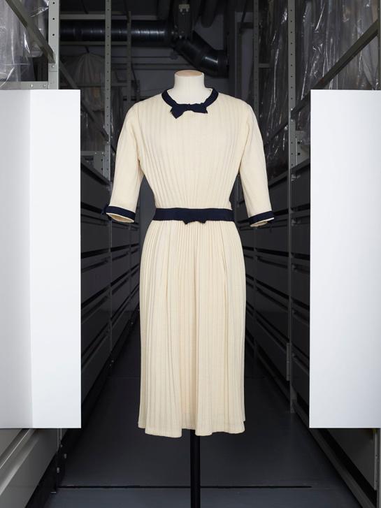 Robe Chanel, photographie par Grégoire Alexandre