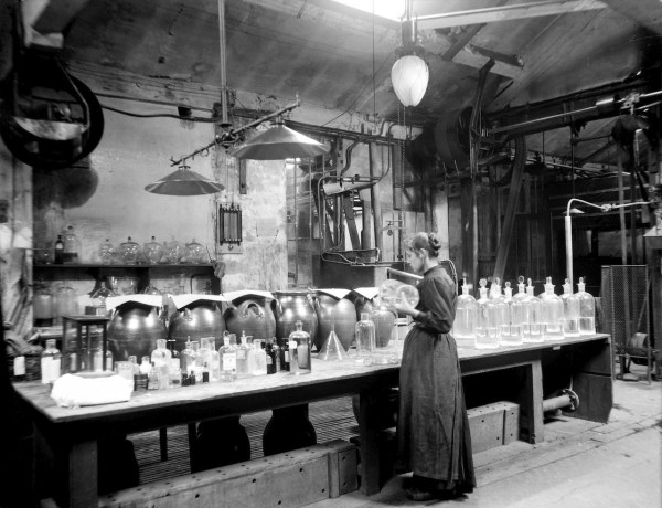 Atelier de préparation et de maturation des émulsions, vers 1895