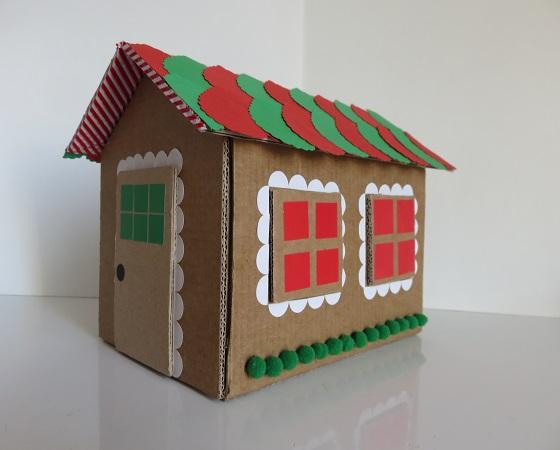 12. maison en carton