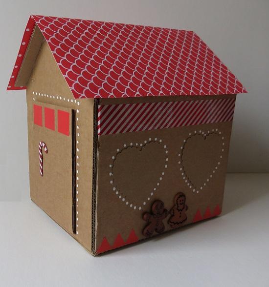 24. maison en carton