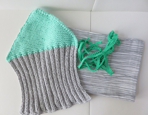 4.Le coussin gris & menthe à l'eau