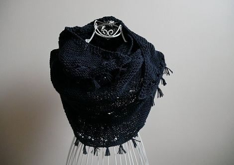 0.hipster shawl