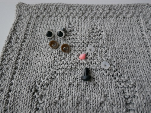 4. DIY knitting totoro craft