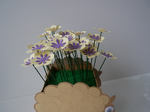 9. CRAFT spring paper flowers