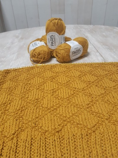 COUVERTURE TRICOT KING HARDY 17