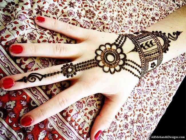 Mehandi Design Arabic Simple For Back Hand