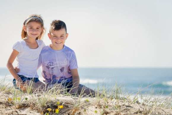 Family Portrait Hotspots | Newcastle | All Mum Said | Nobbys Beach