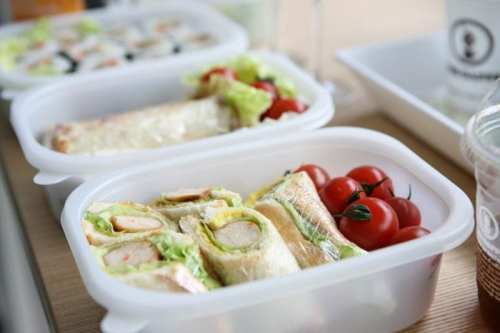 mum life - making school lunches