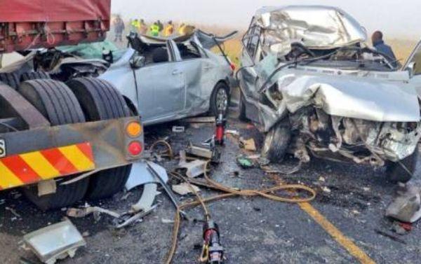 6 Dead, 10 Injured In Autocrash On Ogbomoso Road