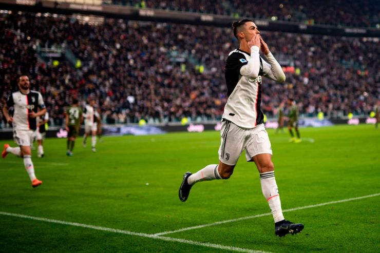 Juventus Flogs Parma 2 - 1 Through Cristiano Ronaldo's Brace