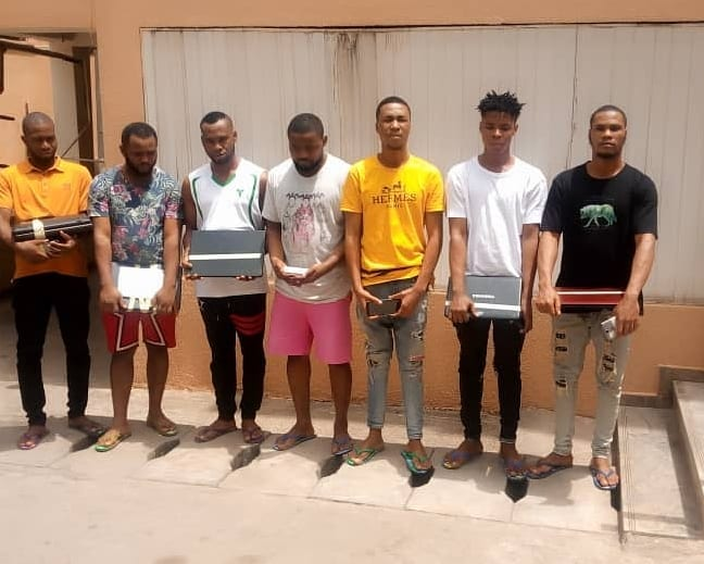 suspected internet fraudsters arrested by EFCC in Imo