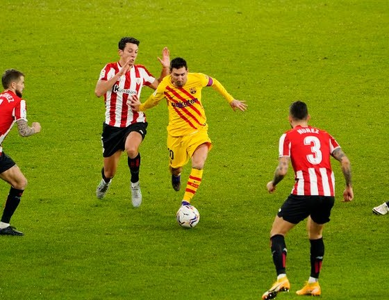 Lionel Messi brace lifts Barcelona to win over Athletic Bilbao