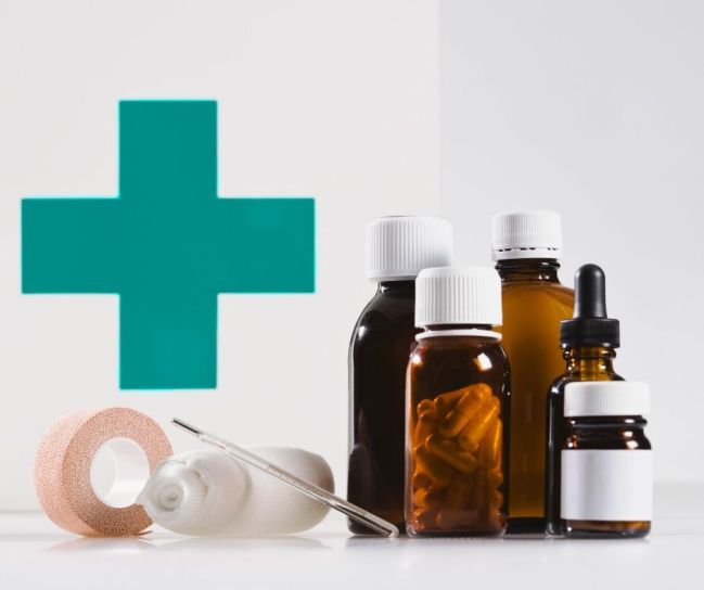 What's in my medicine cabinet? (a natural doctor and mom of four)