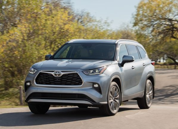 2022 Toyota Highlander powered with new engine system
