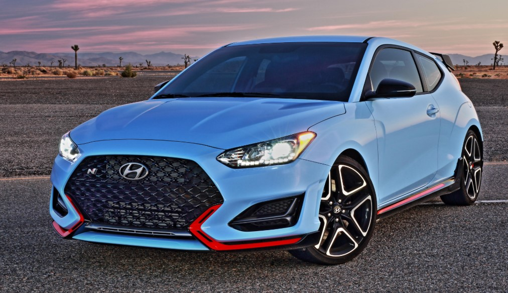 The New 2021 Hyundai Veloster Front View