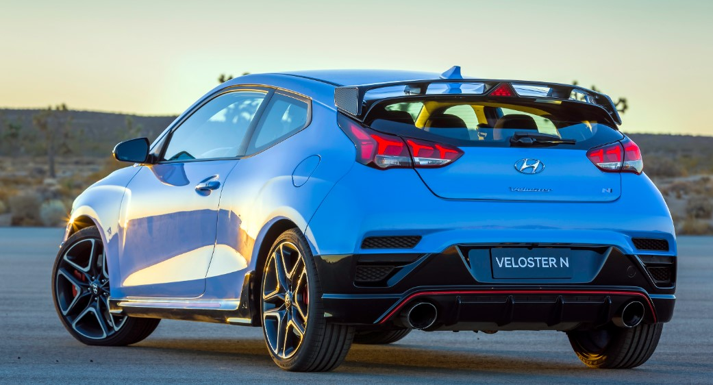 The New 2021 Hyundai Veloster View from the backside