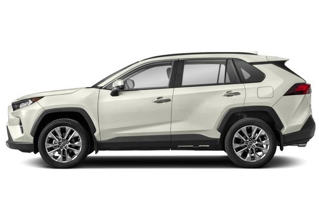 2021 Toyota RAV4 LE with new exterior design