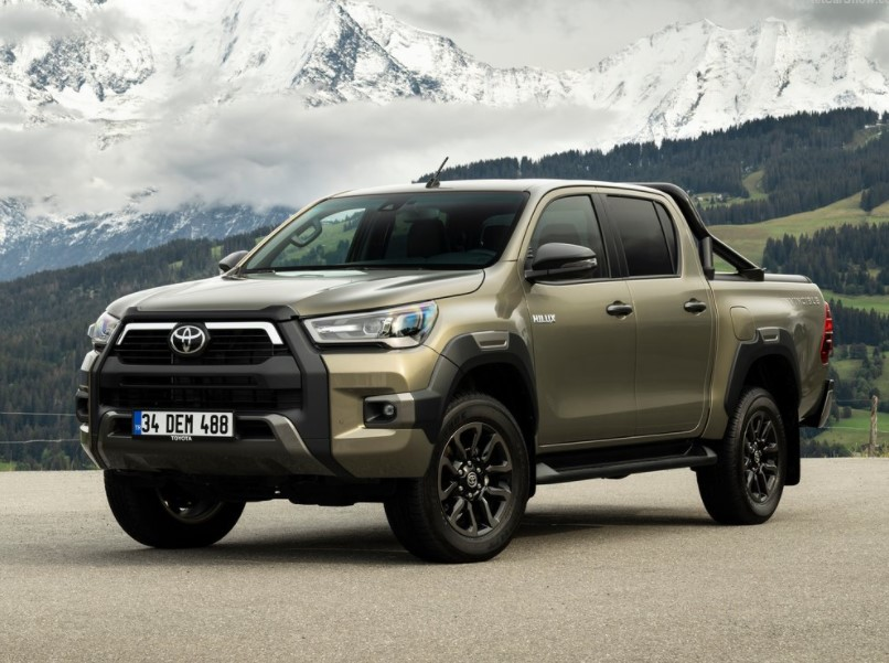 2021 Toyota Hilux Overview