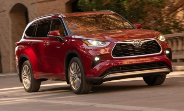 2022 Toyota Highlander with new exterior layout