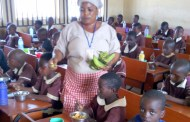 FG says it spends N651m daily on school feeding: Farmers, cooks, others also benefit