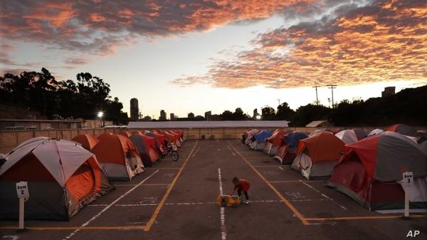 homeless_tents.jpg