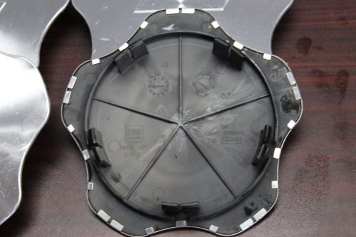 Set-of-4-Chevy-Monte-Carlo-2000-2005-OEM-CenterCap-9592970-273128933965-3-1.jpg