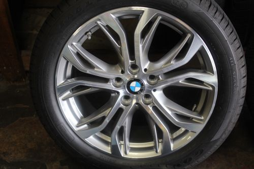 Set-of-Four-BMW-X1-2016-2017-18-OEM-Rims-Tires-22550R18-302878722040-2-1.jpg