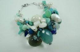 Bracelet «grappe» bleu
